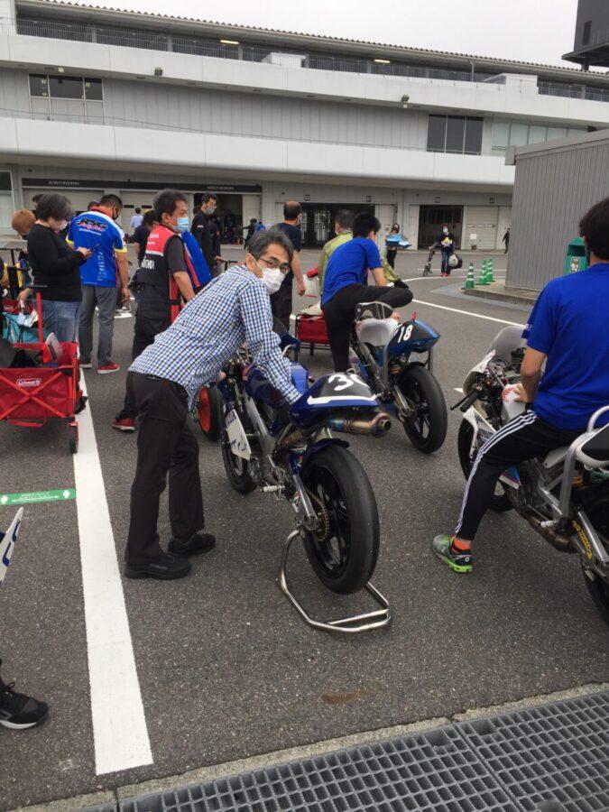 レース活動(車検)